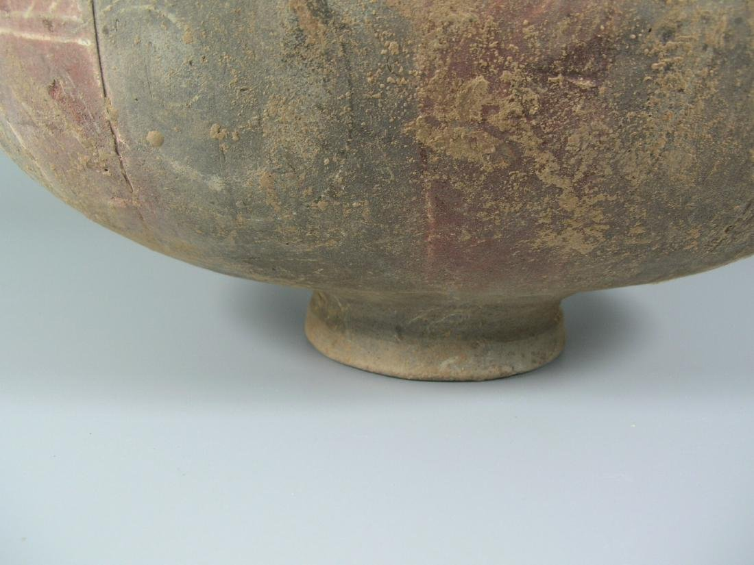 Han Dynasty Painted Pottery Coconut Vase - 3