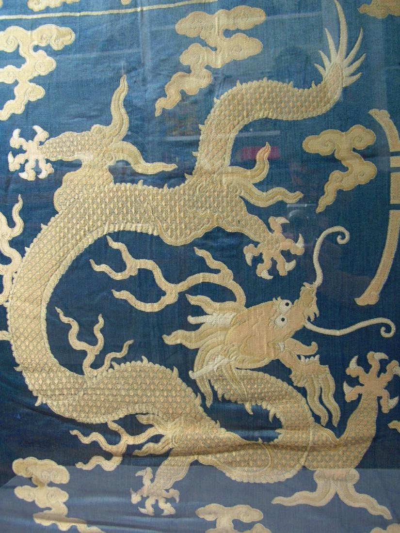 Large Antique Chinese Silk Brocade Woven 'Dragon' Panel - 6