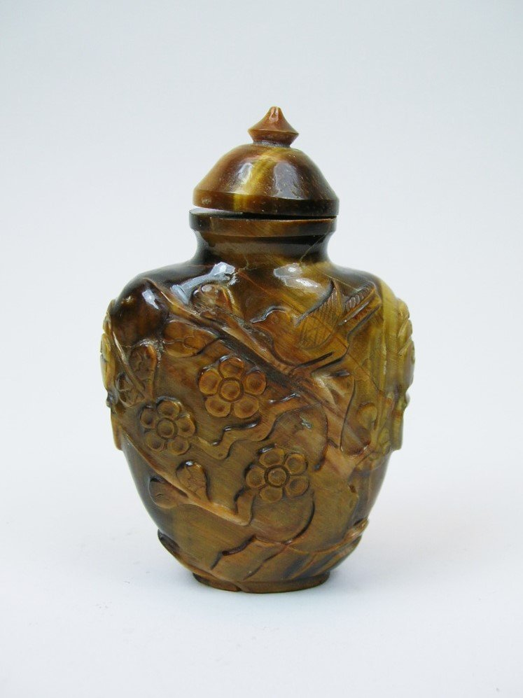 Finely Carved Tiger-Eye Snuff Bottle Qing Dynasty - 2