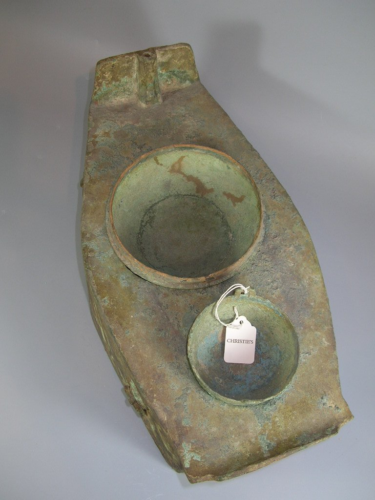 Unusual Han Dynasty Portable Bronze Oven - 7