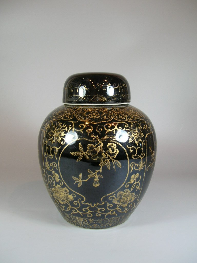 19th Century Gilt and Black Ovoid Jar with Cover - 3