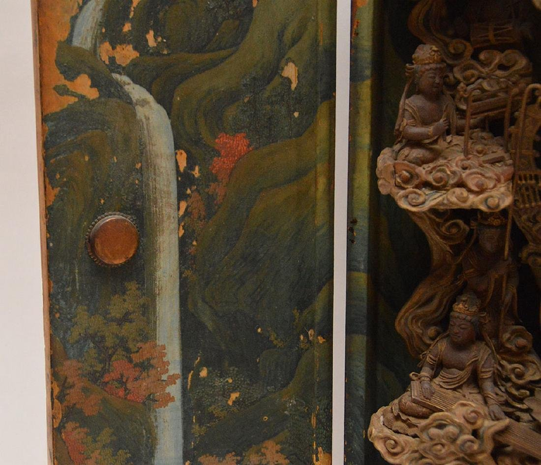 Japanese enclosed lacquered altar with brass fittings, - 8