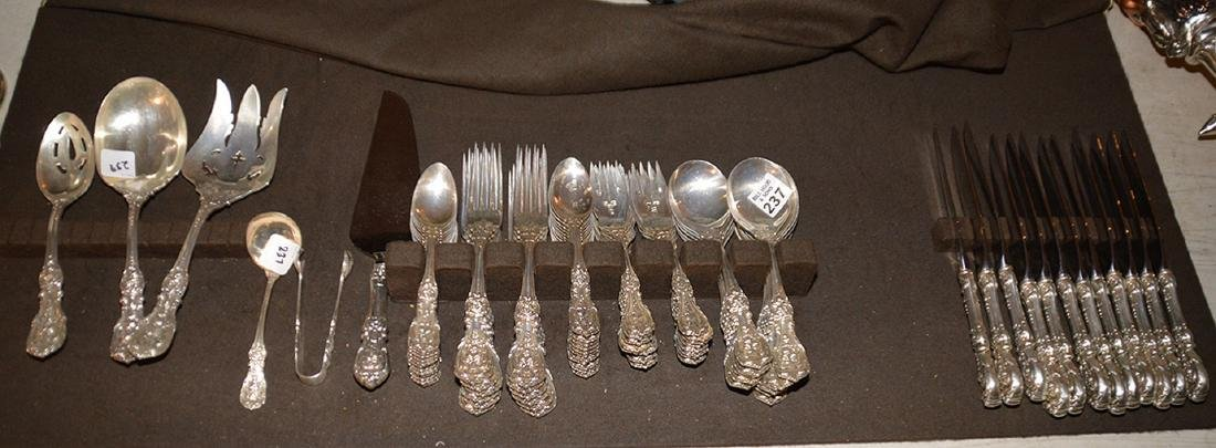 Reed and Barton sterling silver flatware set, Frances 1