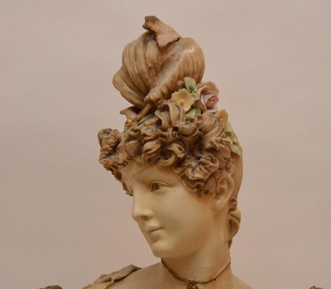 Teplitz Amphora porcelain bust of a woman Austria 1900, - 2