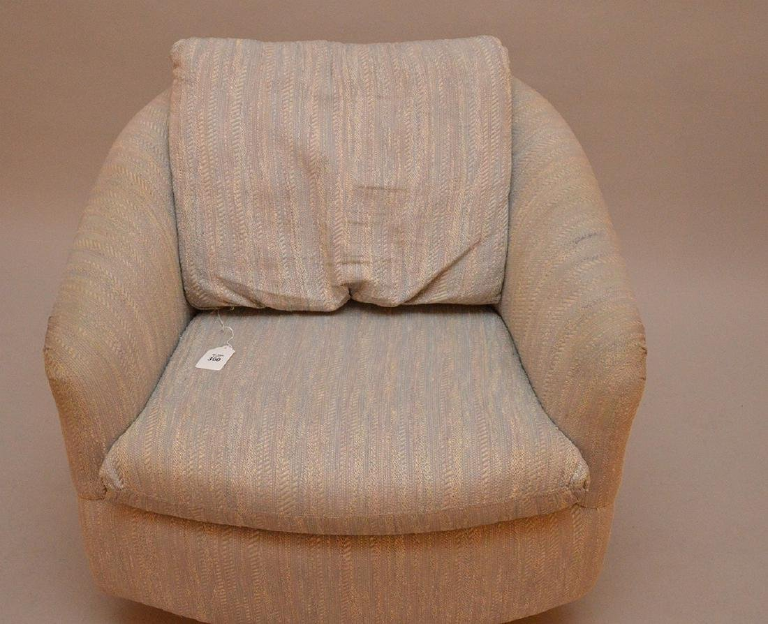 Milo Baughman / Thayer Coggin Upholstered Swivel Chair. - 2