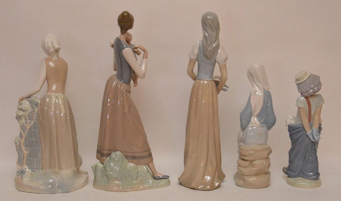 5 assorted Lladro & Nao figures - 5