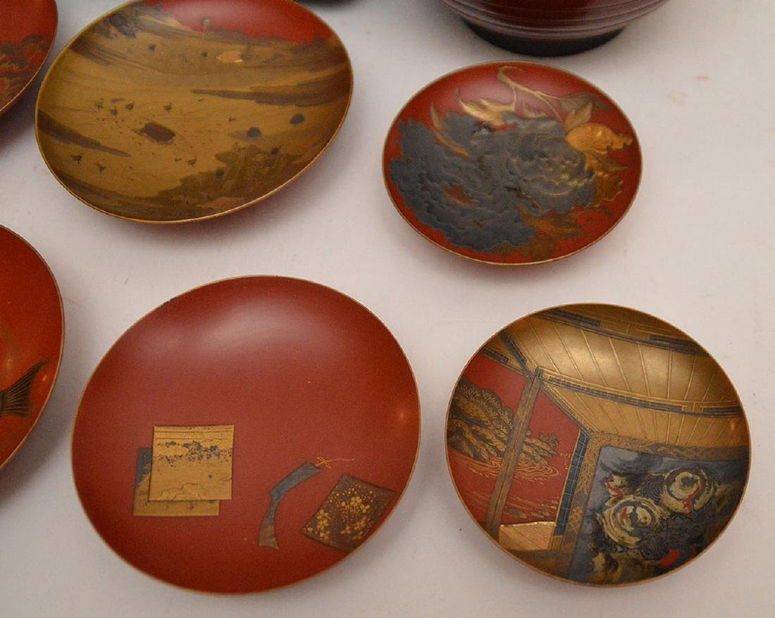 Lot of assorted lacquered bowls and one square box - 4