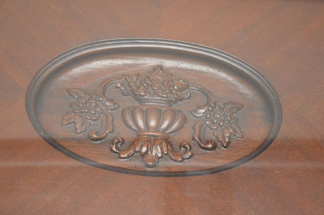 Coffee table, carved oval recessed center on Queen Ann - 3