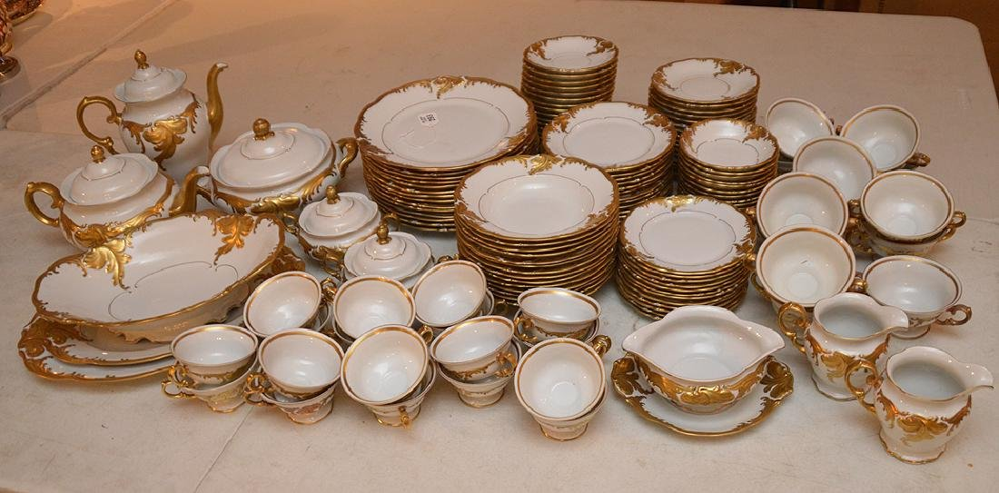China service, Made in Poland, incl; 14 dinner plates,