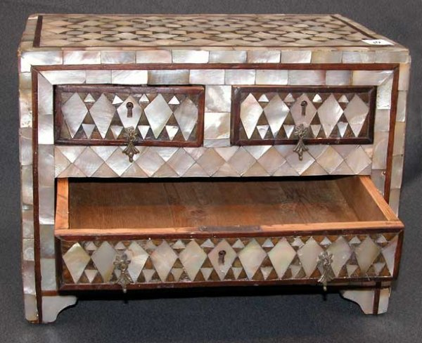 10: Miniature chest with 2 side by side drawers over on