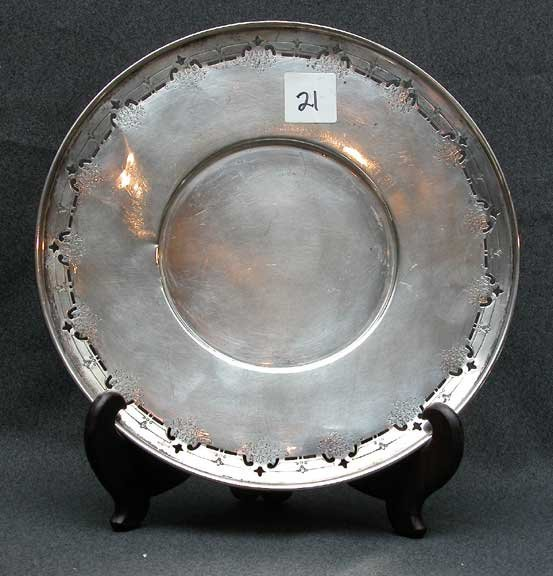 """21: Reticulated sterling plate, 7 oz; 9""""diam"""