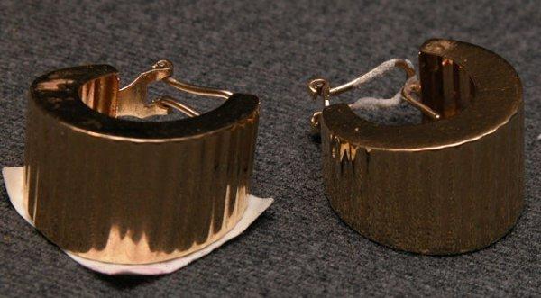 "515: Earrings, ribbed 3/4"" hoops, 14K yellow, Italy. Ea"