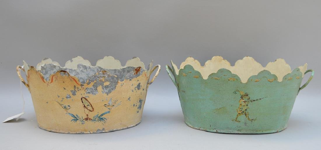 2 French tole planters, original paint and design - 4
