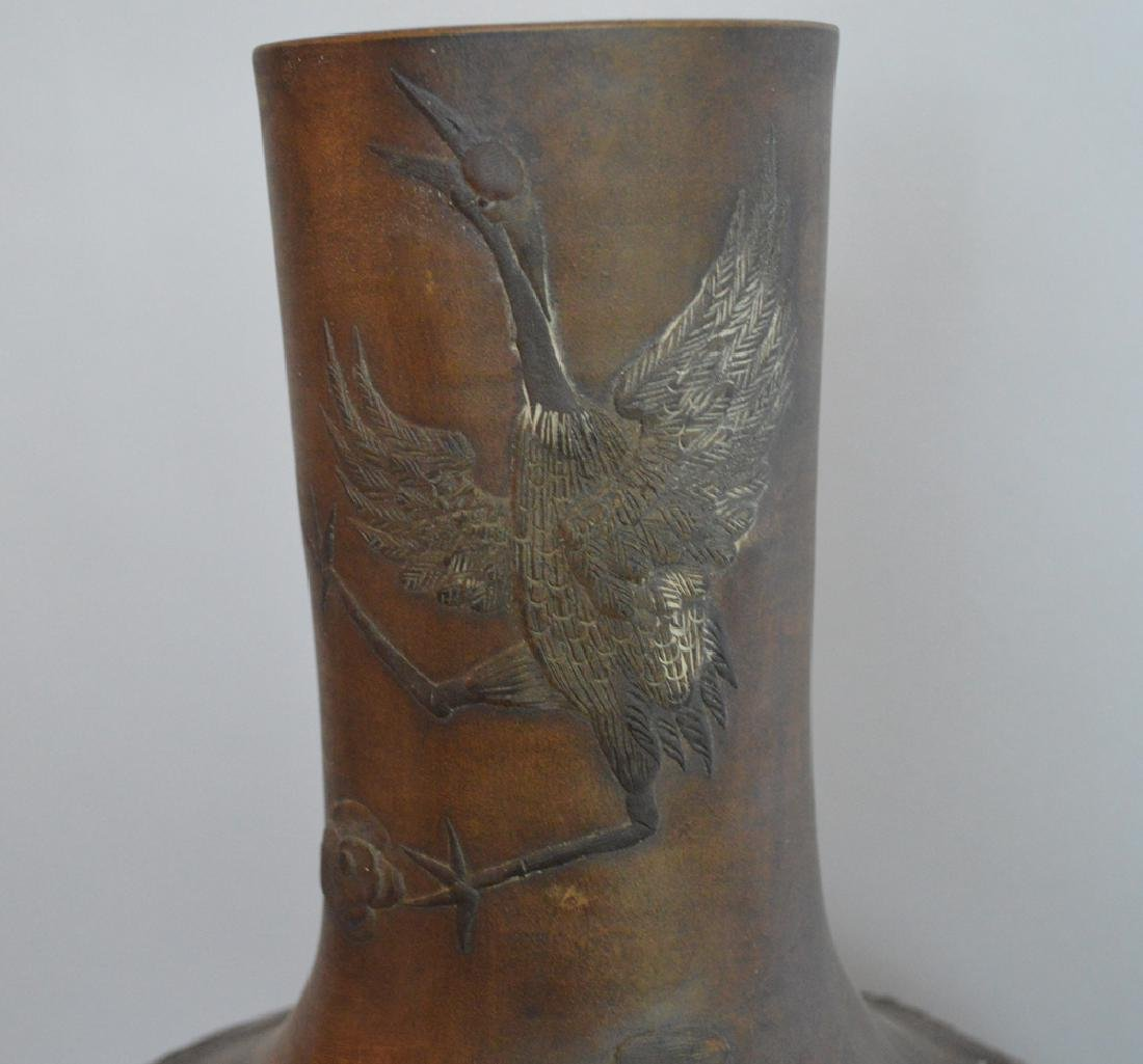 Large Chinese Pottery Vase with bird and floral - 3