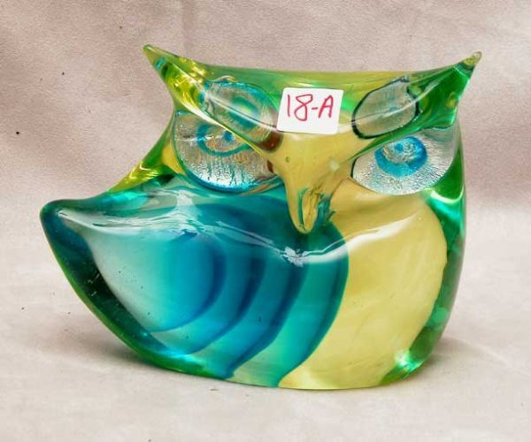 "1018A: Murano teal owl, very heavy, 10oz, 5 1/4""h x 7 1"