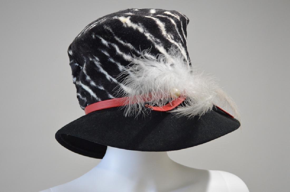 St. John's Off/white & Black Hat