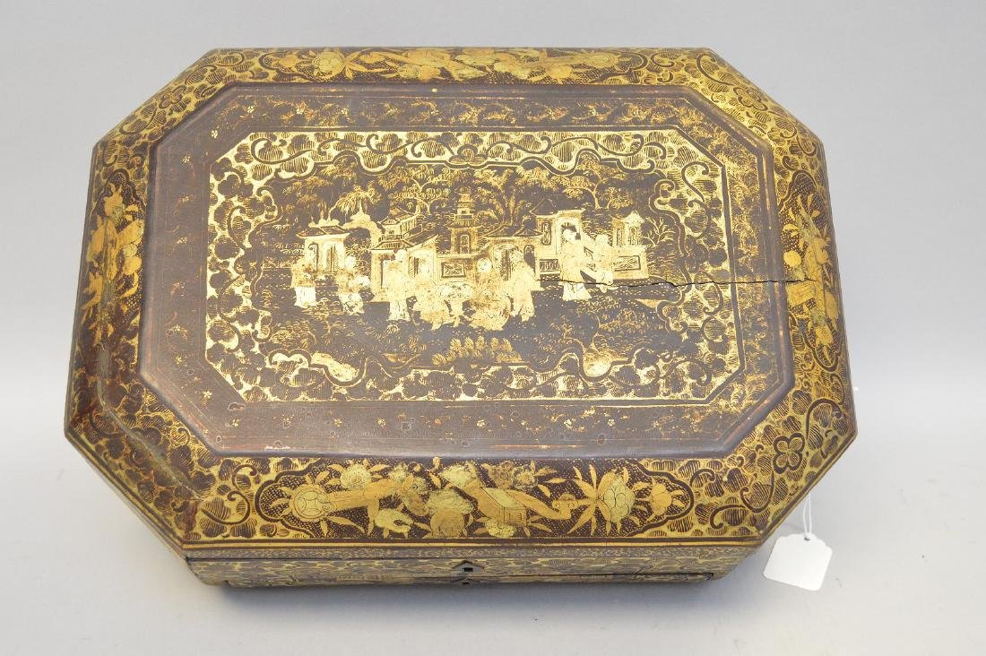 Chinese Lacquer Box With Chinoiseries Decoration. - 2