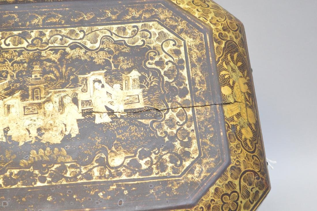 Chinese Lacquer Box With Chinoiseries Decoration. - 3
