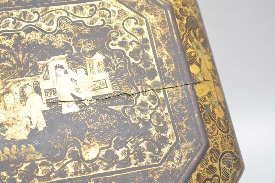 Chinese Lacquer Box With Chinoiseries Decoration. - 4