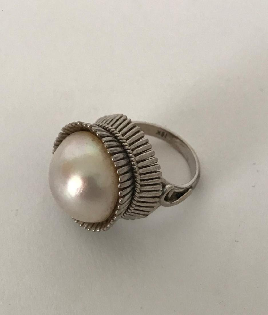10K White Gold & Pearl Ring.  Overall weight 13 grams. - 2