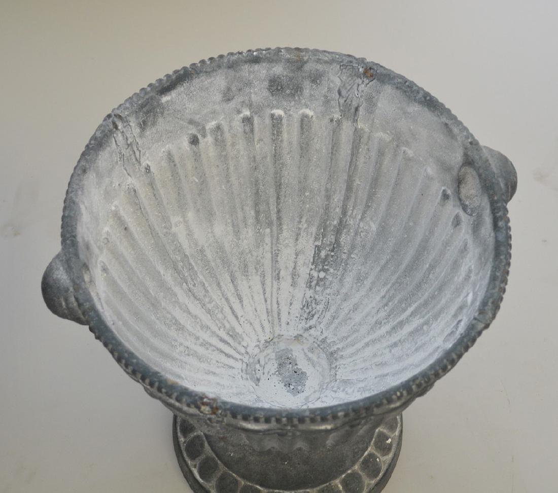 "Garden urns with lids, 20""h - 4"
