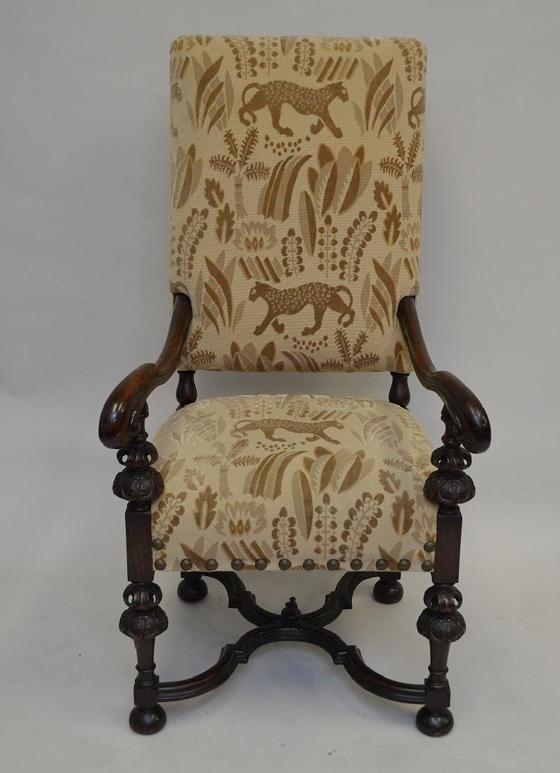 Throne chair carved with cut velvet (leopard)