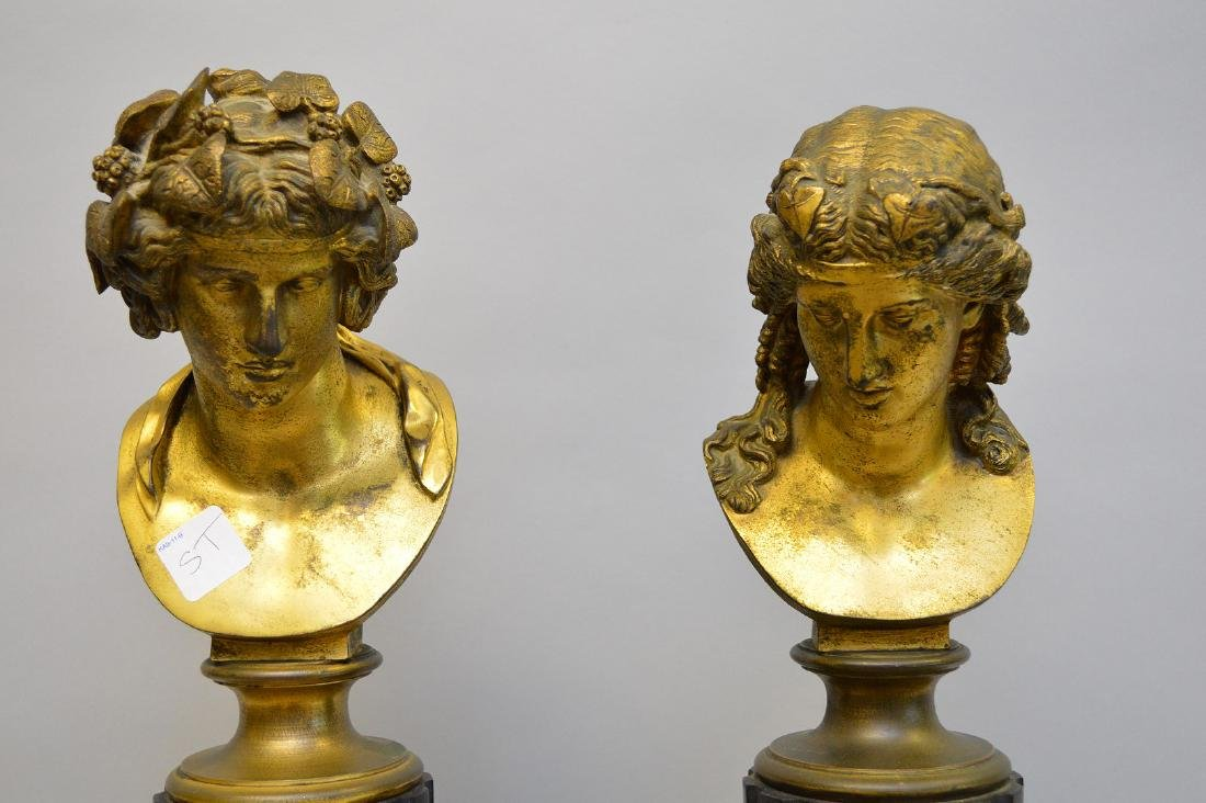 Pair Classical metal busts attached on reeded - 2
