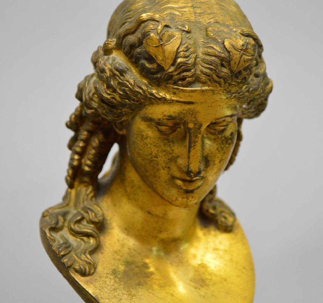 Pair Classical metal busts attached on reeded - 7
