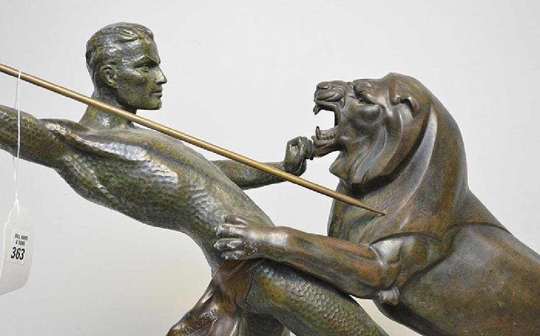 Art Deco spelter sculpture, lion attack, on marble base - 2