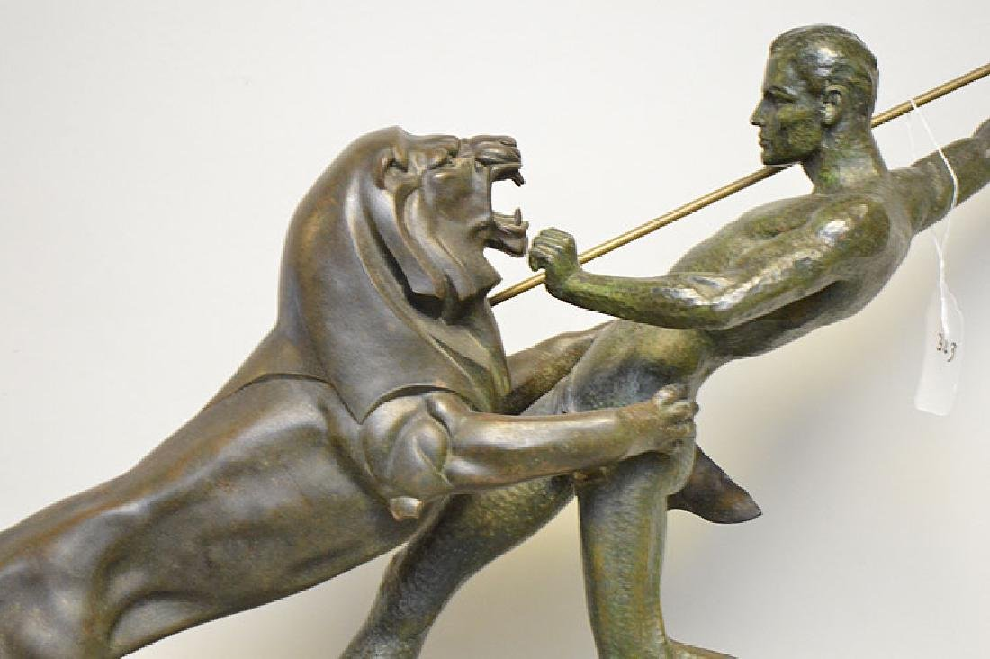 Art Deco spelter sculpture, lion attack, on marble base - 6