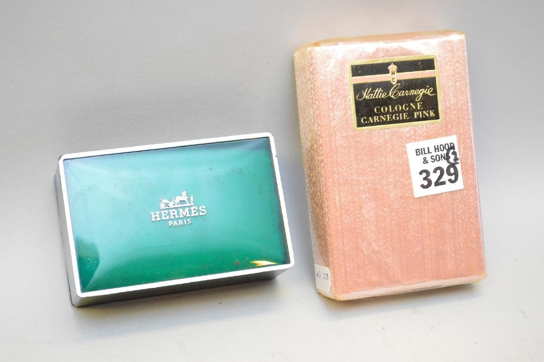 Hermes Bar new in green logo box together with Hattie
