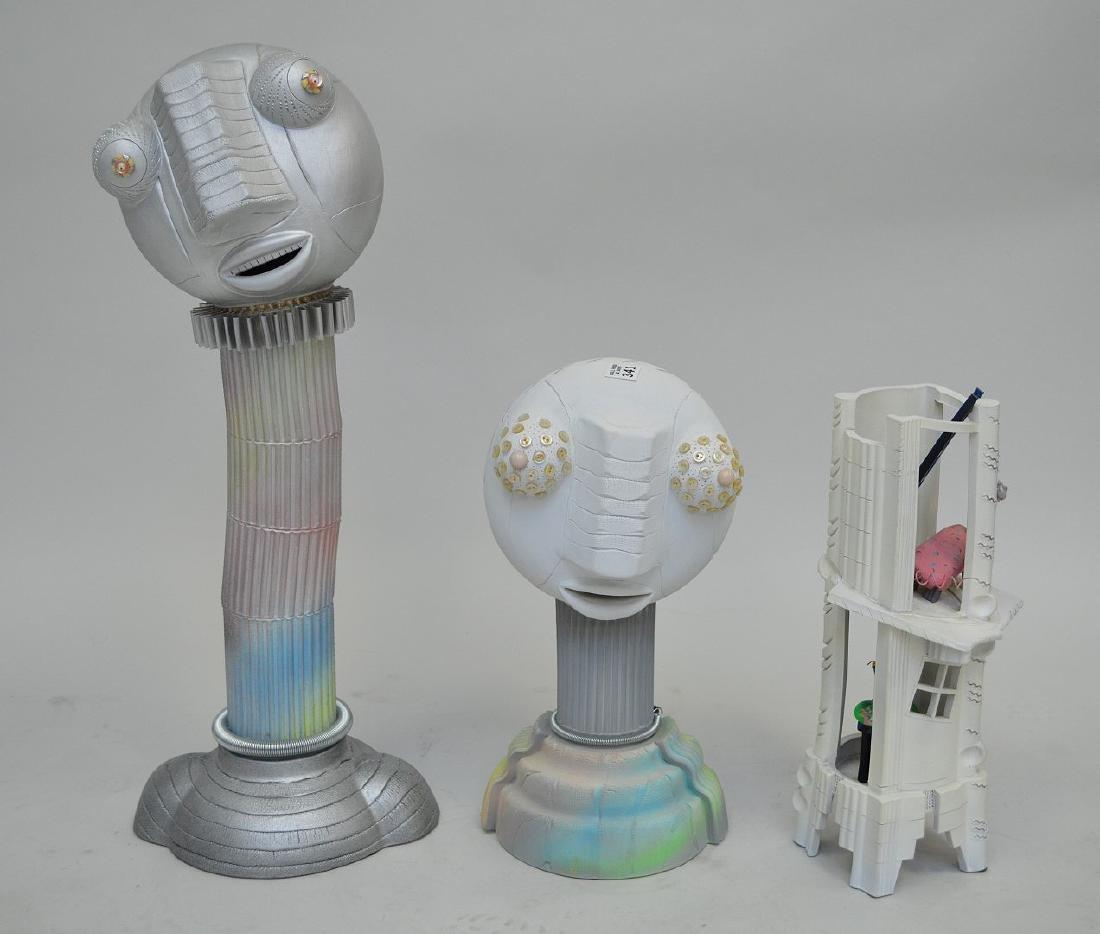 2 Composition modern heads and bldg, Janice Dan '89,