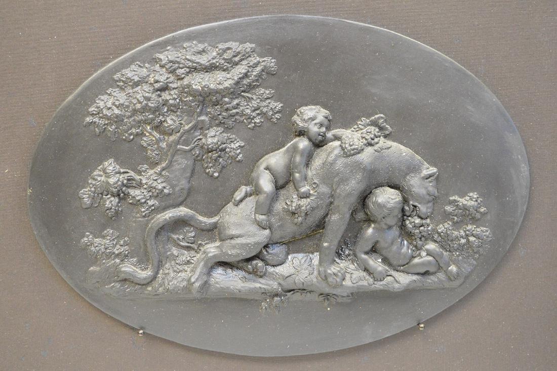 Framed lion & putti oval Wedgwood black Basalt plaque - 4