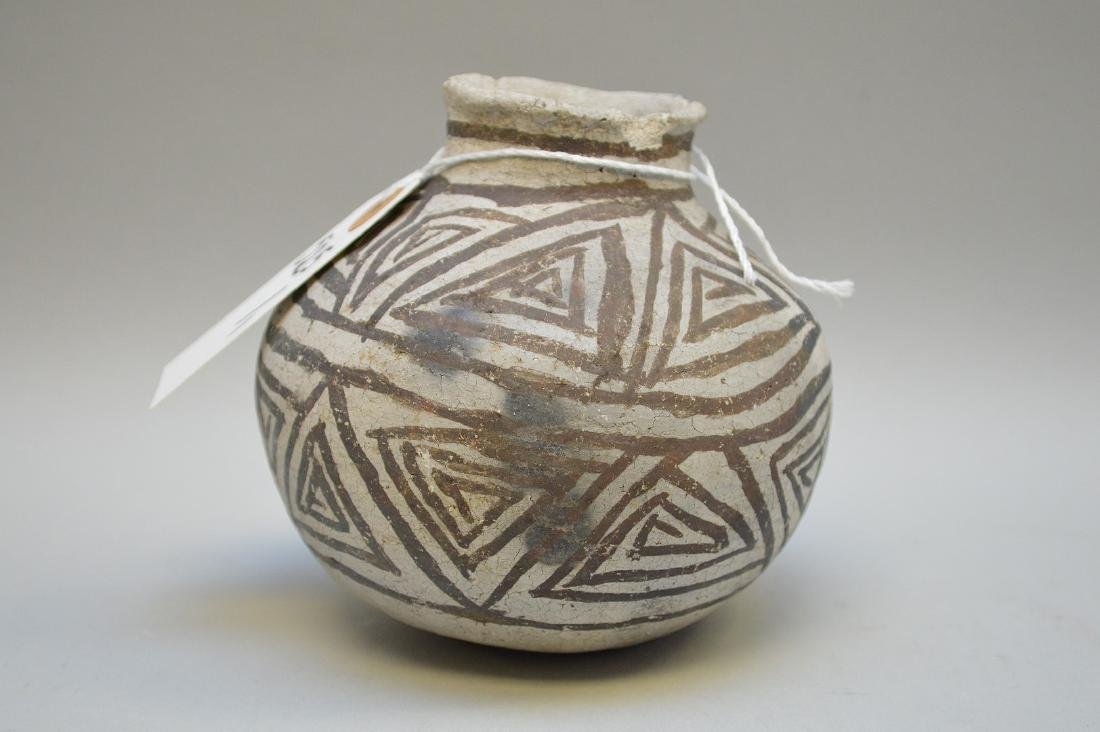 Puerco Black-on-White Pottery Olla Pueblo Anasazi