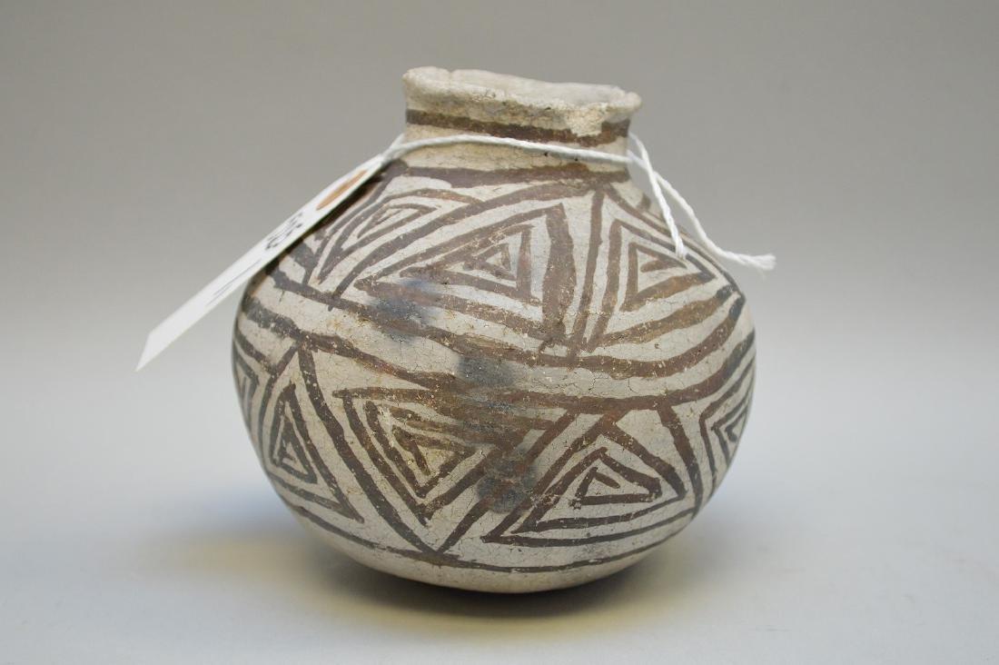 Puerco Black-on-White Pottery Olla Pueblo Anasazi