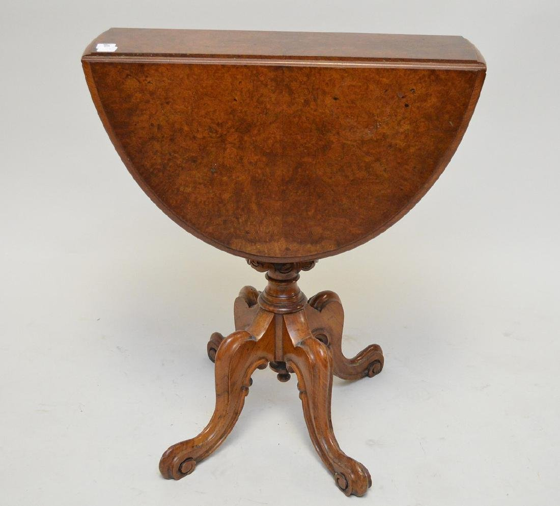 Diminutive walnut drop leaf table on 4 downswept legs,