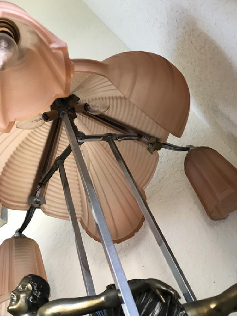 Art Deco ballerina sculpture lamp with pink satin glass - 4