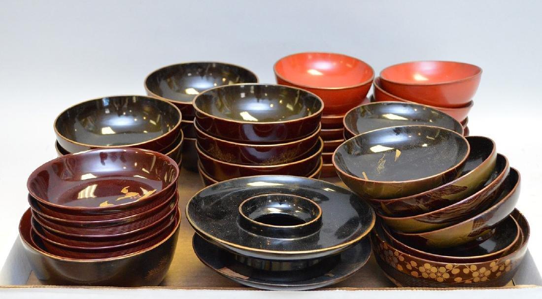 40 Pieces Japanese Lacquer Bowls Set includes pieces