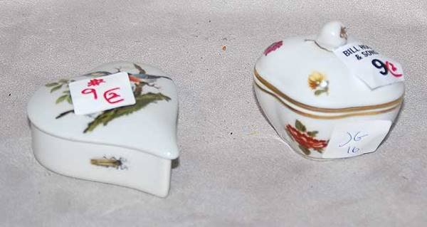 1009: Limoges & Ginori porcelain covered heart box