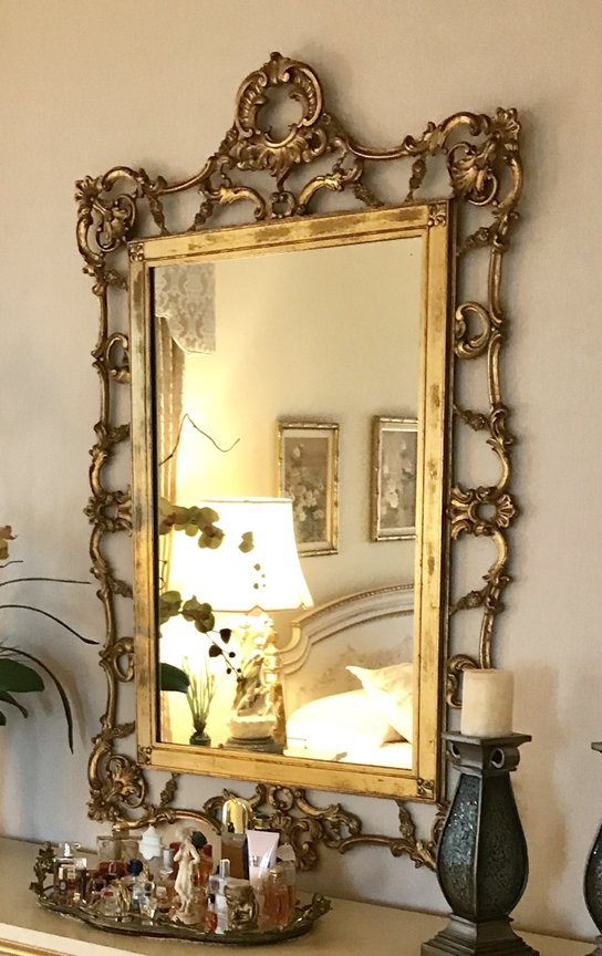 Carved Italian Gilt Wood Rococo-Style Mirror Condition: