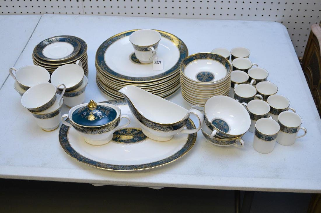 """45 Piece Royal Doulton """"Carlyle"""" Partial Set Porcelain"""