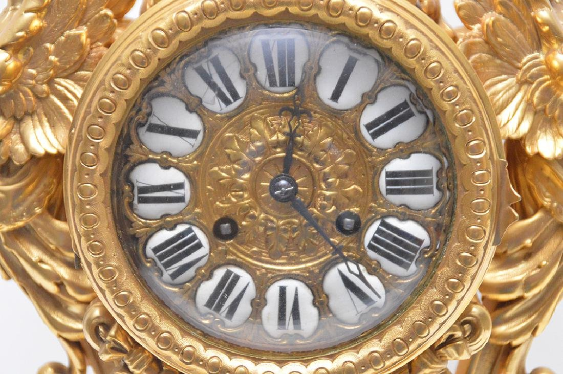 19th Century Gilt Bronze Figural Angel Clock with time - 4