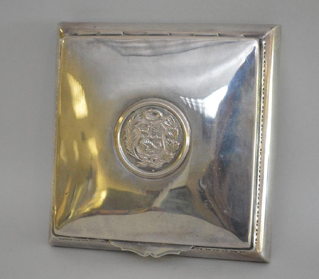 Lined sterling Peruvian cigarette box, 7ozt
