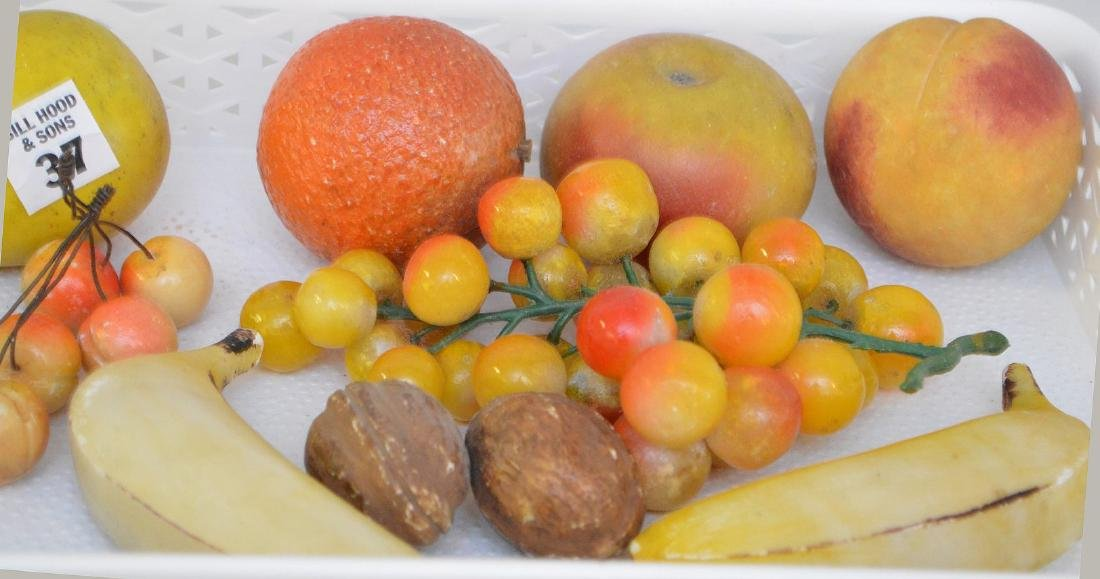11 pieces assorted stone fruit - 2