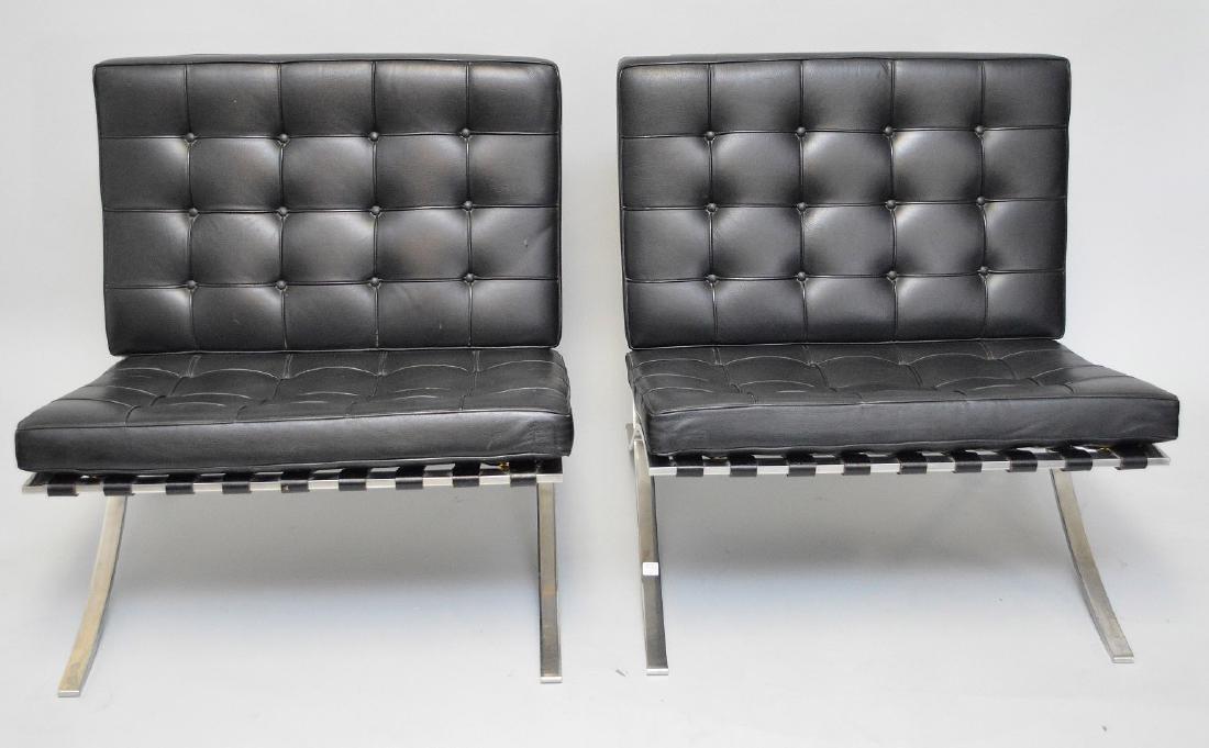 Pr. Barcelona Chairs (2) Black leather, chrome X-form