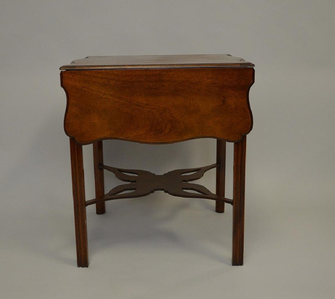 Mahogany Baker drop leaf table, Charleston Museum - 3