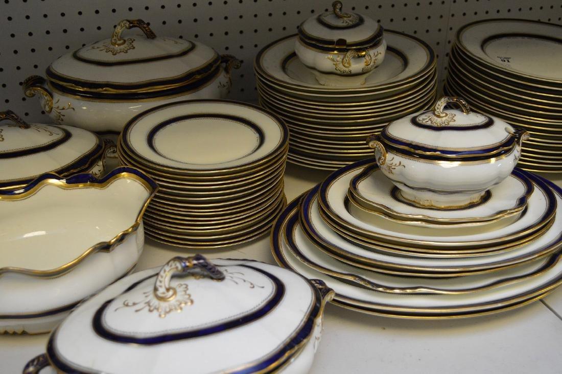 12 English dinner plates, George Jones, green border & - 4
