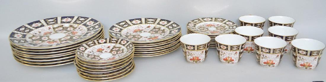 Royal Crown Derby, 40 pieces,  incl; 8 dinner plates, 8