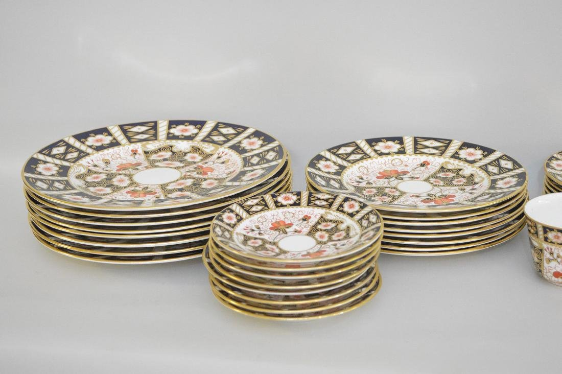 Royal Crown Derby, 40 pieces,  incl; 8 dinner plates, 8 - 2