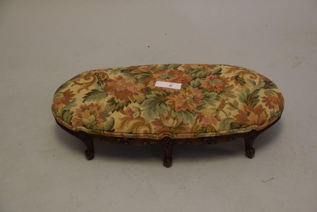 Louis XV style upholstered foot stool, six c-scroll - 2